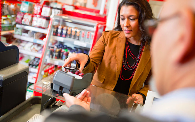 Making mobile payment using EMV technology