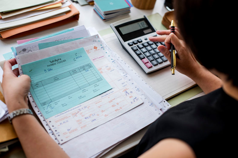 Business costs calculation