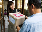What to Consider when Choosing a Business Courier
