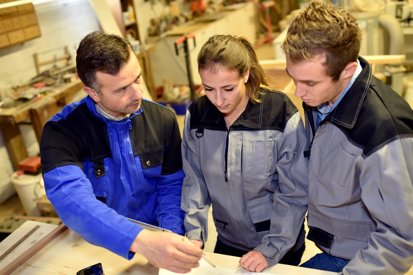 Apprentices discussing