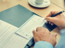 Why You Should Order Business Checks Online And Not Through Banks
