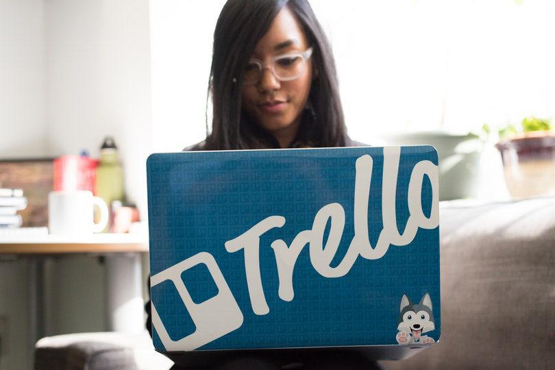 Businesswoman using Trello