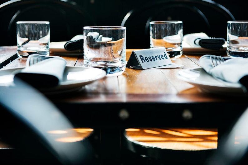 Restaurant reservation online